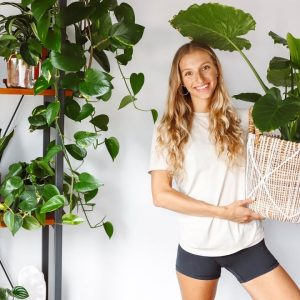 A Tour Of My Houseplants + Plant Tips & Care